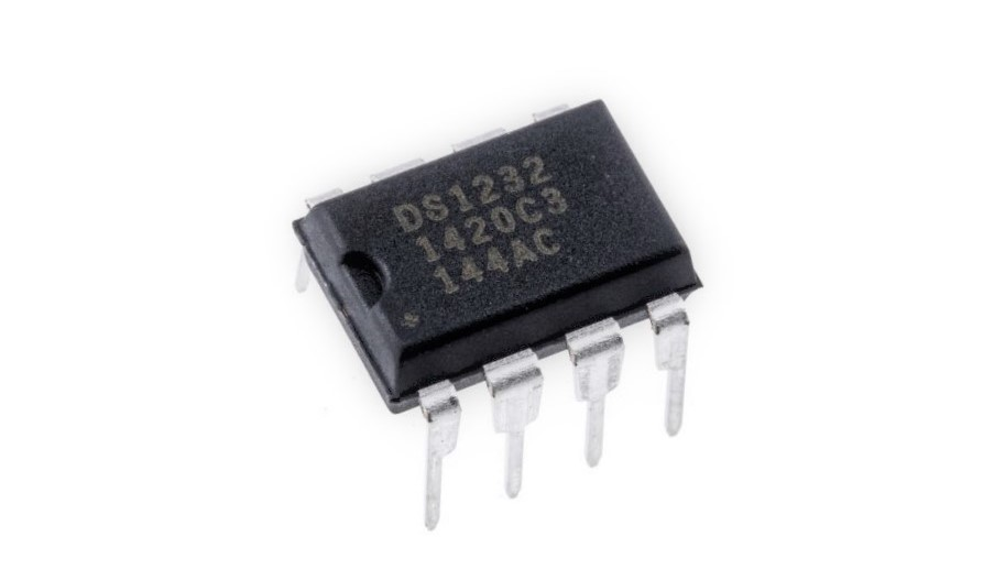 DS1232+ IC MPU Supervisory Circuit DIP-8